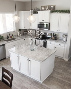 Chic Kitchen Design And Decorating Ideas For You To Copy 19