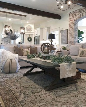 Comfy Farmhouse Living Room Decor Ideas To Try This Year 06