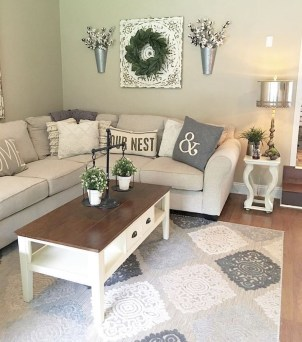 Comfy Farmhouse Living Room Decor Ideas To Try This Year 08