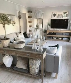 Comfy Farmhouse Living Room Decor Ideas To Try This Year 20