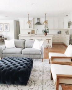 Comfy Farmhouse Living Room Decor Ideas To Try This Year 37