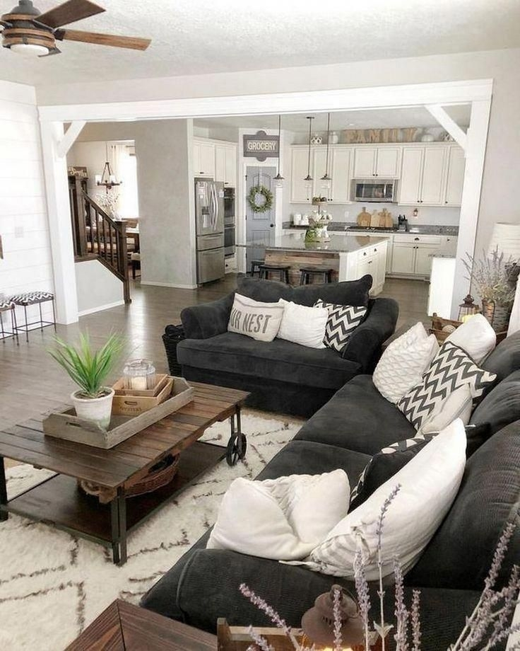 Comfy Farmhouse Living Room Decor Ideas To Try This Year 41