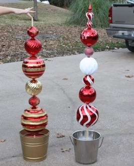 Cozy Outdoor Christmas Decor Ideas To Have Asap 10
