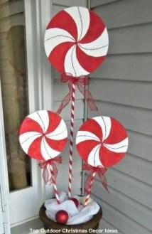 Cozy Outdoor Christmas Decor Ideas To Have Asap 14