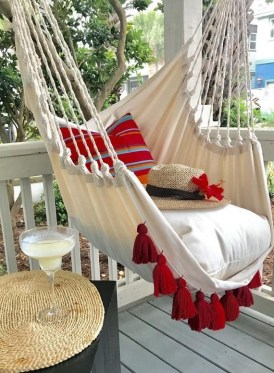 Creative Swing Chairs Garden Ideas That Looks Adorable 36