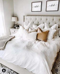 Fabulous Headboard Designs Ideas For Awesome Bedroom To Try 26