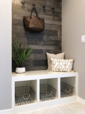 Latest Diy Storage Bench Design Ideas For Your Unique Living Room Decoration 25