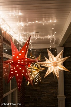 Magnificient Christmas Front Porch Decor Ideas To Try Asap 35