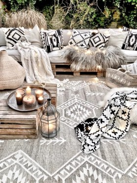 Newest Home Outdoor Decoration Ideas For Enjoying Your Days 25