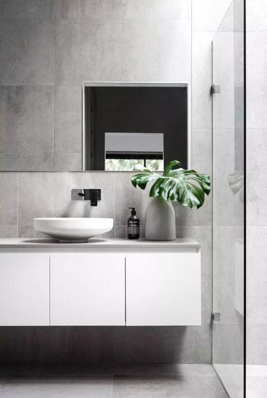 Pretty Bathroom Accessories Design 39