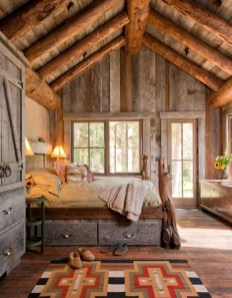 Affordable Small Log Cabin Ideas With Awesome Decoration 01