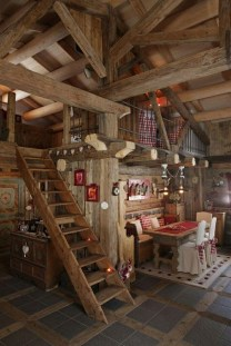 Affordable Small Log Cabin Ideas With Awesome Decoration 21