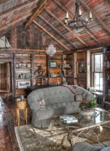 Affordable Small Log Cabin Ideas With Awesome Decoration 28