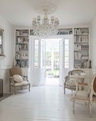 Beautiful French Country Living Room Decor Ideas To Copy Asap 34