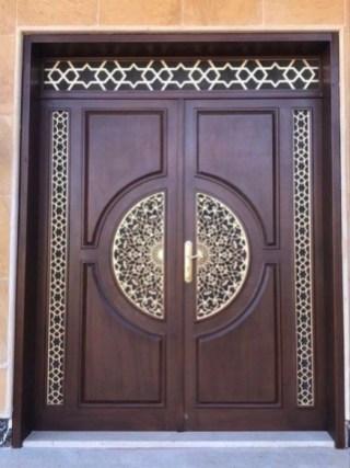 Best Wooden Door Design Ideas To Try Right Now 18