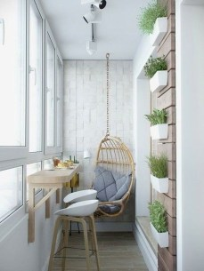 Comfy Apartment Balcony Decorating Ideas That Looks Awesome 28