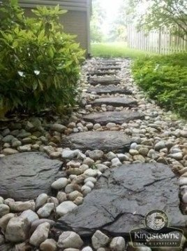 Delicate Garden Landscaping Design Ideas Using Rocks Stone To Try 18