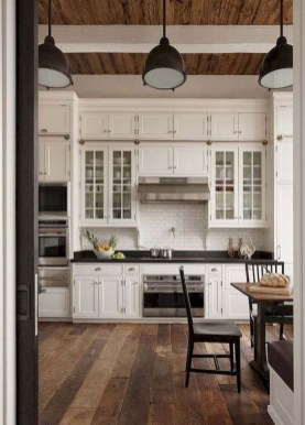 Elegant Farmhouse Kitchen Cabinet Makeover Design Ideas That Very Cozy 15