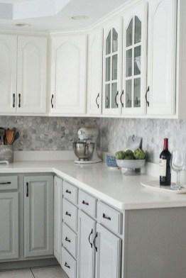 Elegant Farmhouse Kitchen Cabinet Makeover Design Ideas That Very Cozy 33