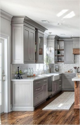 Elegant Farmhouse Kitchen Cabinet Makeover Design Ideas That Very Cozy 44