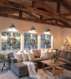 Excellent Living Room Decoration Ideas For Winter Season That Look More Cool 22