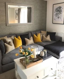 Excellent Living Room Decoration Ideas For Winter Season That Look More Cool 29