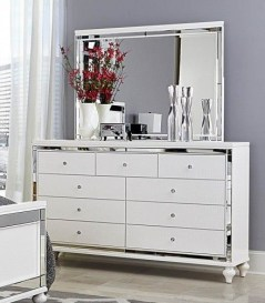 Impressive Bedroom Dressers Design Ideas With Mirrors That You Need To Try 02