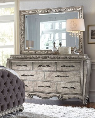 Impressive Bedroom Dressers Design Ideas With Mirrors That You Need To Try 08