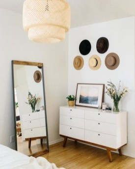 Impressive Bedroom Dressers Design Ideas With Mirrors That You Need To Try 35