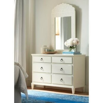 Impressive Bedroom Dressers Design Ideas With Mirrors That You Need To Try 42