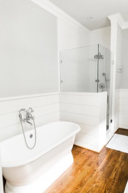 Lovely Bathroom Design Ideas That You Need To Have 25