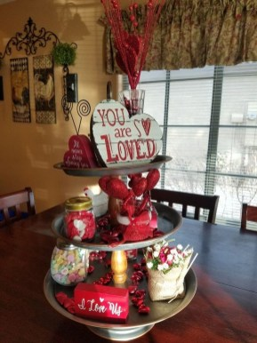 Lovely Valentines Day Table Centerpieces Ideas To Try Asap 16