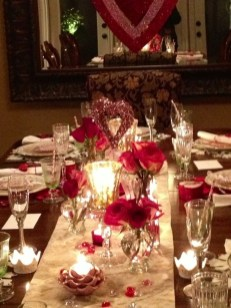 Lovely Valentines Day Table Centerpieces Ideas To Try Asap 20