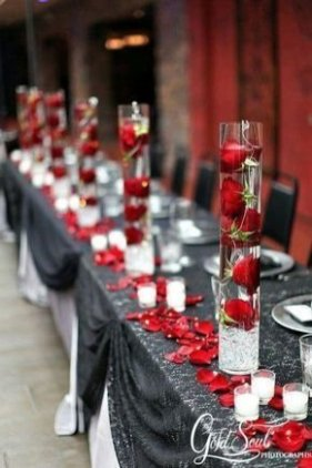 Lovely Valentines Day Table Centerpieces Ideas To Try Asap 25
