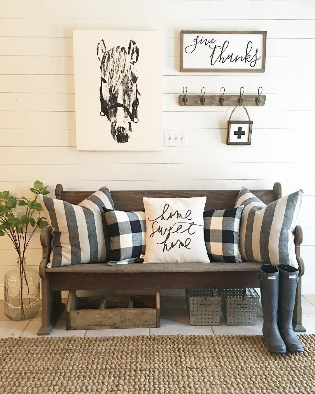 Popular Farmhouse Home Decor Ideas To Copy Asap 10