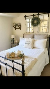 Pretty Farmhouse Master Bedroom Ideas To Try Asap 05