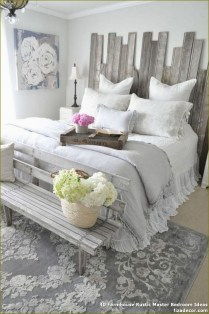 Pretty Farmhouse Master Bedroom Ideas To Try Asap 14