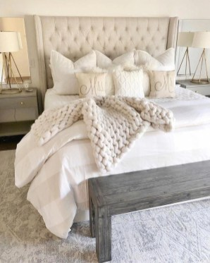 Pretty Farmhouse Master Bedroom Ideas To Try Asap 16