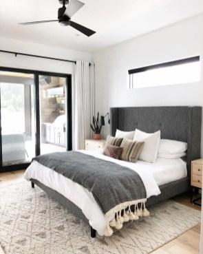Pretty Farmhouse Master Bedroom Ideas To Try Asap 26