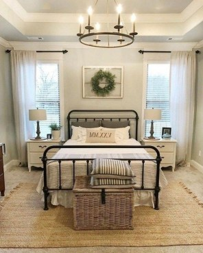 Pretty Farmhouse Master Bedroom Ideas To Try Asap 27