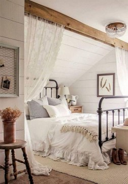 Pretty Farmhouse Master Bedroom Ideas To Try Asap 34