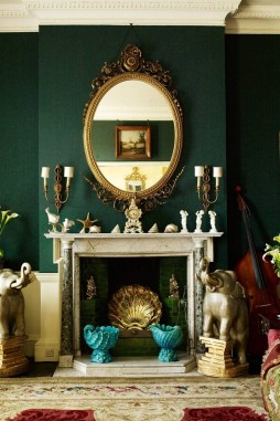 Sophisticated Home Decoration Ideas With Green Paint Combination 17