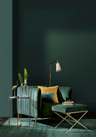 Sophisticated Home Decoration Ideas With Green Paint Combination 34