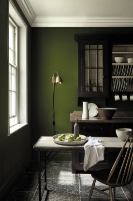 Sophisticated Home Decoration Ideas With Green Paint Combination 43