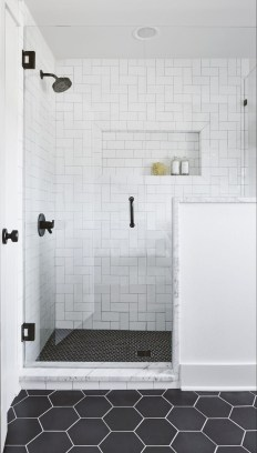 Spectacular Tile Shower Design Ideas For Your Bathroom 09