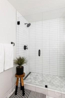 Spectacular Tile Shower Design Ideas For Your Bathroom 43