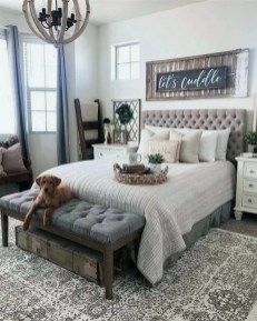 Wonderful Farmhouse Bedroom Decorating Ideas That You Need To Try 14