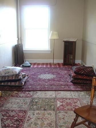 Amazing Praying Room Design Ideas To Bring Your Ramadan More Beautiful 16