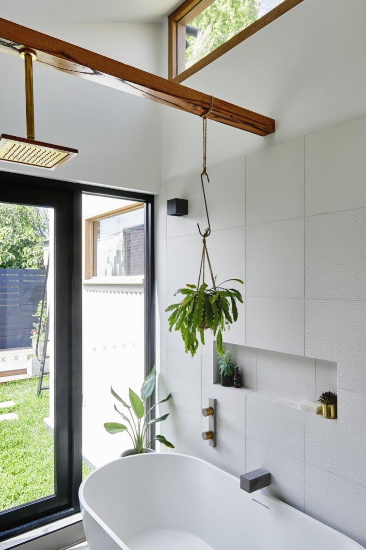 Elegant Eco Friendly Toilet Design Ideas To Have In The Woods 34