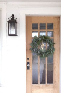 Gorgeous Scandinavian Winter Wreaths Ideas With Natural Spirit 31